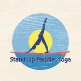 Vector flache Designartillustration von stehen oben padlle Yoga lo Lizenzfreie Stockbilder