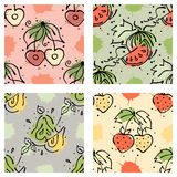 Vector fruits seamless pattern Watermelon, cherry, strawberry, berry, pear with leaves, blots, drops splash Hand drawn contour  Royalty Free Stock Photos