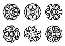Vector geplaatst ornament, decoratieve Keltische knopen en krullen royalty-vrije illustratie