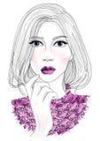 Vector Gesichtsporträt des schönen modernen Mädchens mit modischem Make-uplippenstift auf Lippen mit Funkeln und glänzender Stric lizenzfreie abbildung