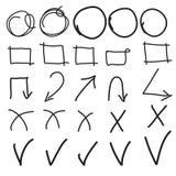 Vector gli elementi dell'evidenziatore, l'imitazione dei cerchi disegnati a mano, le strutture e le frecce Immagine Stock