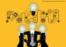 Vector il 'brainstorming' dell'uomo d'affari per la progettazione piana di creatività di idee Immagine Stock Libera da Diritti