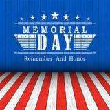 Vector il fondo di Memorial Day con le stelle e l'iscrizione sul fondo di legno rosso e bianco del blu, Modello per il memoriale royalty illustrazione gratis