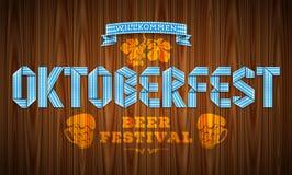 Vector il manifesto per il festival bavarese della birra con l'iscrizione del Oktoberf con lettere Fotografie Stock Libere da Diritti