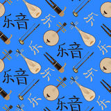 Vector il modello senza cuciture con gli strumenti musicali cinesi ed i geroglifici di musica illustrazione vettoriale