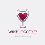 Vector il vetro di logo dell'illustrazione di vino rosso su un fondo bianco sotto forma di cuore Fotografia Stock
