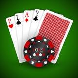 Vector Illustration auf einem Kasinothema mit dem Spielen von Chips und von playig Karten auf dunklem Hintergrund Spielende Gesta vektor abbildung