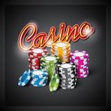 Vector Illustration auf einem Kasinothema mit der Farbe, die Chips auf dunklem Hintergrund spielt Stockfoto