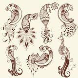 Vector illustration of bird mehndi ornament. Traditional indian style, ornamental floral elements for henna tattoo stock illustration