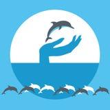 Vector Illustration des bunten nützlichen Hintergrundes mit Delphinen und blauem Boot Lizenzfreies Stockfoto