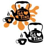 Vector Illustration des Teekessels, Hand gezeichnete Teekanne auf weißem Hintergrund, Teekessellogo lizenzfreie abbildung