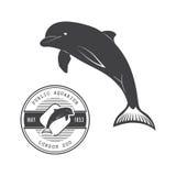 Vector Illustration eines Delphins in der altmodischen Art und in der Liniekunstart Stockfoto
