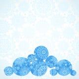 Vector Illustration mit Schneebällen auf nahtlosem Winterhintergrund Lizenzfreies Stockfoto