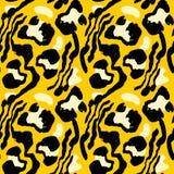 Vector illustration tiger print seamless pattern. Orange and yellow hand drawn background. stock illustration