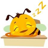 Vector a ilustração da abelha que dorme na tabela Foto de Stock