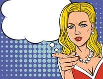 Vector a ilustração da cara do ` s da mulher no estilo do pop art sobre o fundo do teste padrão de ponto Fotos de Stock Royalty Free