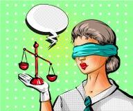 Vector a ilustração do pop art da jovem mulher com as escalas de justiça Fotografia de Stock Royalty Free
