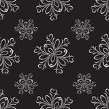 Vector inconsútil del ornamento de plata en fondo negro Imagenes de archivo