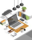 Vector isométrico del concepto del espacio de trabajo 3d Dispositivos fijados Foto de archivo libre de regalías
