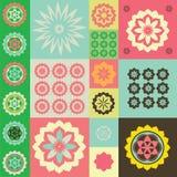 Vector kleurenornament van bloemsymbolen Royalty-vrije Stock Afbeeldingen