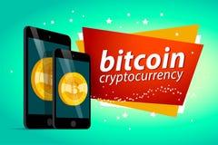 Vector l'illustrazione con lo smartphone e la compressa che hanno moneta dorata con l'emblema del bitcoin sul suo schermo isolato Immagini Stock Libere da Diritti