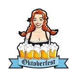 Vector l'illustrazione della cameriera di bar con le tazze della birra Logo di Oktoberfest, autoadesivo Illustrazione isolata vet Fotografia Stock