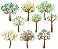 Vector la colección de siluetas estilizadas del árbol con las hojas Imagen de archivo