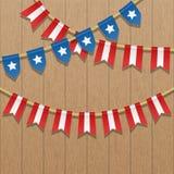 Vector la decoración colorida del empavesado en colores de la bandera de los E.E.U.U. Ejemplo patriótico con las barras y estrell Fotos de archivo