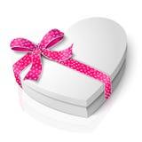 Vector la scatola in bianco realistica di forma del cuore con il rosa Immagine Stock Libera da Diritti