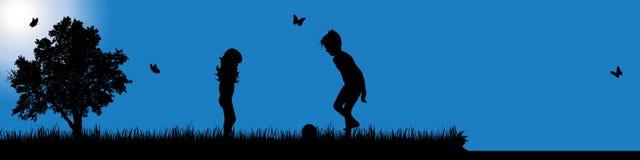 Vector la siluetta del bambino in natura al giorno soleggiato immagini stock libere da diritti