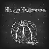Vector la tarjeta de felicitación del estilo de la tiza del feliz Halloween con la calabaza Fotografía de archivo libre de regalías