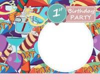 Vector la tarjeta de felicitación de la fiesta de cumpleaños del th del bebé 1 Brightl colorido ilustración del vector