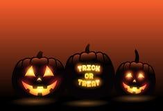 Vector las calabazas talladas delante del fondo anaranjado de Halloween de la pendiente ilustración del vector
