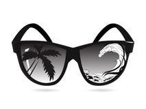 Vector las gafas de sol y exposición doble, las palmas, mar y las olas oceánicas El concepto de vacaciones y de viajes de verano  stock de ilustración