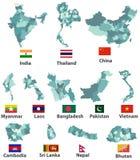 Vector le alte mappe e bandiere dettagliate dei paesi asiatici orientali con i confini di regioni di divisioni amministrative Immagine Stock