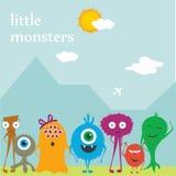 Vector leuke monstersvrienden op de vlakke achtergrond Stock Fotografie