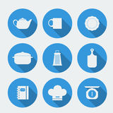 Vector los iconos planos de la silueta blanca con muebles de la cocina Fotos de archivo libres de regalías