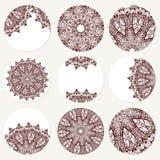 Vector met mandala wordt geplaatst die Achtergrond abstract cirkelornament Decoratief retro element Uitnodigingskaart op huwelijk Stock Foto's