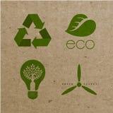 Vector milieu ecologische pictogrammen op kartonachtergrond Royalty-vrije Stock Foto's