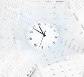 Vector moderne illustratie in vlakke stijl met de mannelijke chronometer van de handholding Stock Foto