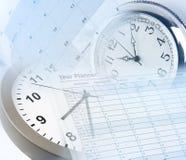 Vector moderne illustratie in vlakke stijl met de mannelijke chronometer van de handholding Royalty-vrije Stock Afbeeldingen