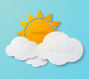 Vector moderne zon met wolkenachtergrond Stock Foto