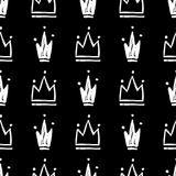Vector naadloos patroon met hand getrokken silhouetten van kronen stock illustratie