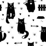 Vector naadloos patroon met zwarte katten, vissenskeletten, harten, en pootdrukken Beeldverhaalhand getrokken ontwerp voor kinder vector illustratie