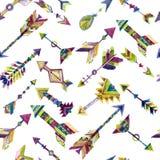Vector nahtloses Design des Aquarells mit Pfeilen in der ethnischen Art Lizenzfreie Stockbilder
