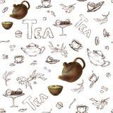 Vector nahtloses Muster auf einer weißen Hintergrundskizze von Einzelteilen für die Teeparty Teekanne 3d und Schalen, Süßigkeit,  Lizenzfreies Stockfoto