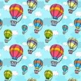 Vector nahtloses Muster mit buntem Luftballon im Himmel Stockfoto