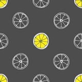 Vector nahtloses Muster mit Hand gezeichneten Scheiben der Zitrone Grauer Hintergrund und gelbes limon Abstrakte Hintergrund-Absc Stockbilder