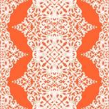 Vector nahtloses Muster mit Strudeln und Blumenmotiven im Retrostil. Lizenzfreies Stockfoto