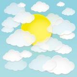 Vector nuvens e o sol de papel abstratos no céu azul Fotografia de Stock Royalty Free